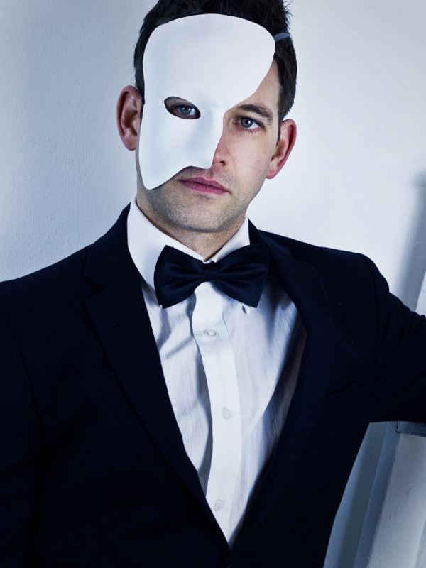 Mens-White-Leather-Phantom-of-the-Opera-Masquerade-Mask-Model-Shot